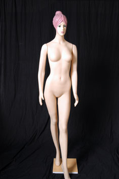 MP17 - Dama Plástico Completo Maquillado