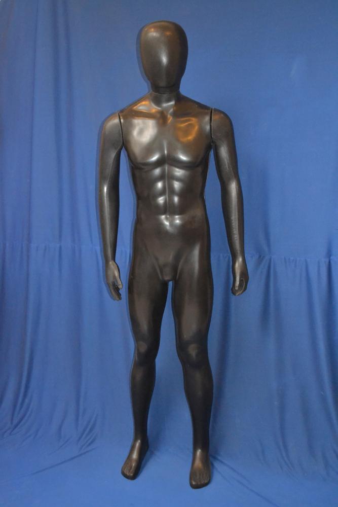 HP03 – Hombre Plástico Completo – Color Negro