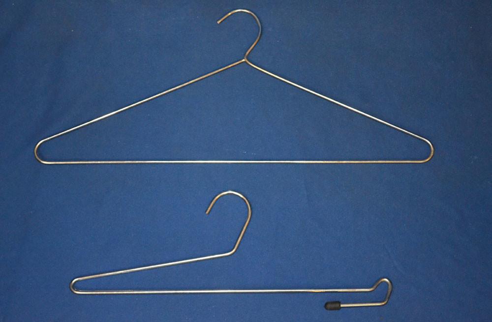 C09 – Perchas Metálicas Para Camisa Y Pantalón